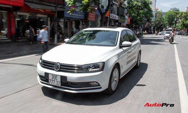 Đánh giá Volkswagen Jetta: Chất Đức đeo bảng giá Toyota Altis - Ảnh 19.