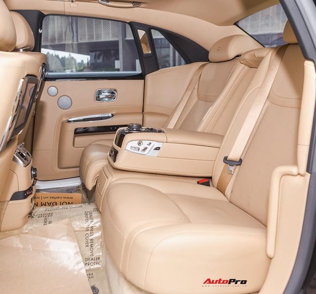 Thêm Rolls-Royce Ghost Series II về tay đại gia bí ẩn Thanh Hoá? - Ảnh 9.
