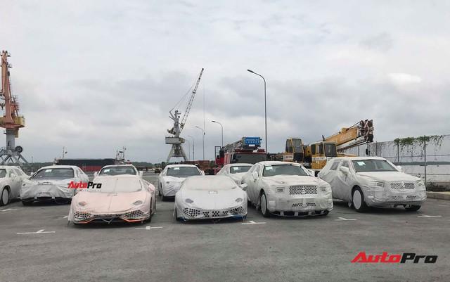 Lamborghini, Bentley lưu cảng vì không có tiền đóng thuế? - Ảnh 2.