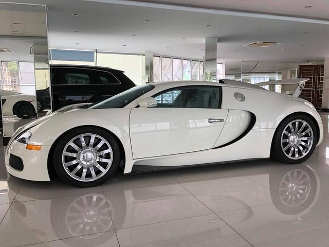 Nóng: Bugatti Veyron đổi màu trắng chính thức lộ diện, sắp về tay ông chủ cafe Trung Nguyên? - Ảnh 7.