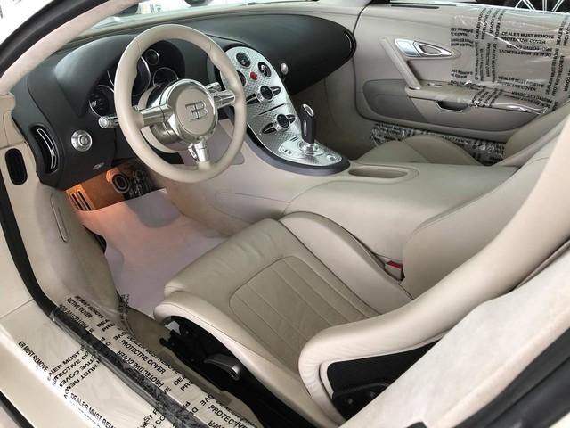 Nóng: Bugatti Veyron đổi màu trắng chính thức lộ diện, sắp về tay ông chủ cafe Trung Nguyên? - Ảnh 11.