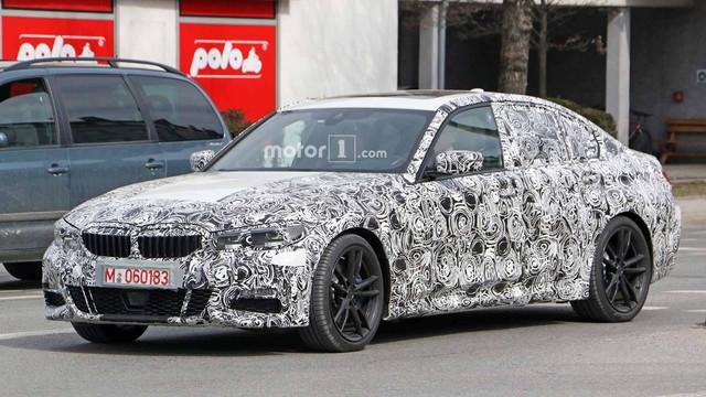 BMW 3-Series thế hệ mới lộ ảnh chạy thử, ngày ra mắt: Ngày càng giống 5-Series - Ảnh 1.