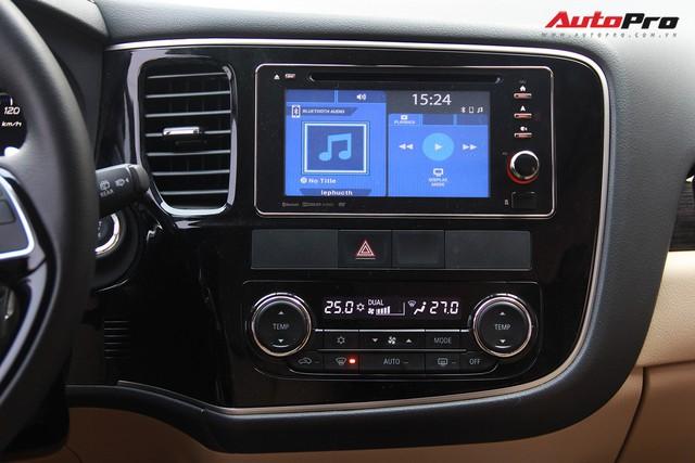 Đánh giá Mitsubishi Outlander: Xe lắp ráp mang chất lượng xe nhập khẩu - Ảnh 14.