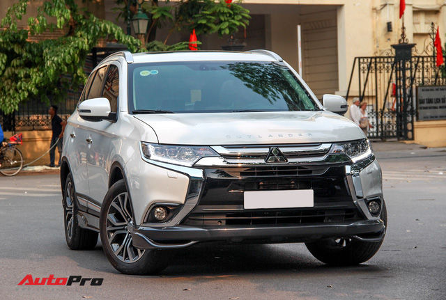 Đánh giá Mitsubishi Outlander: Xe lắp ráp mang chất lượng xe nhập khẩu - Ảnh 5.