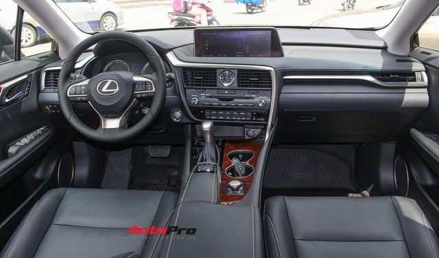 Lexus RX 350L 2018 bản 7 chỗ đầu tiên về Việt Nam, giá gần 4,9 tỷ đồng - Ảnh 5.
