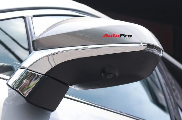 Đánh giá nhanh Lexus RX 350L: Bỏ thêm 1 tỷ đồng nhận được thêm gì so với bản tiêu chuẩn? - Ảnh 18.