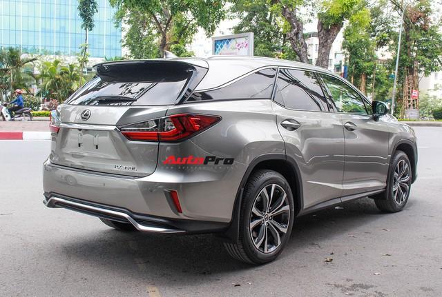 Đánh giá nhanh Lexus RX 350L: Bỏ thêm 1 tỷ đồng nhận được thêm gì so với bản tiêu chuẩn? - Ảnh 19.
