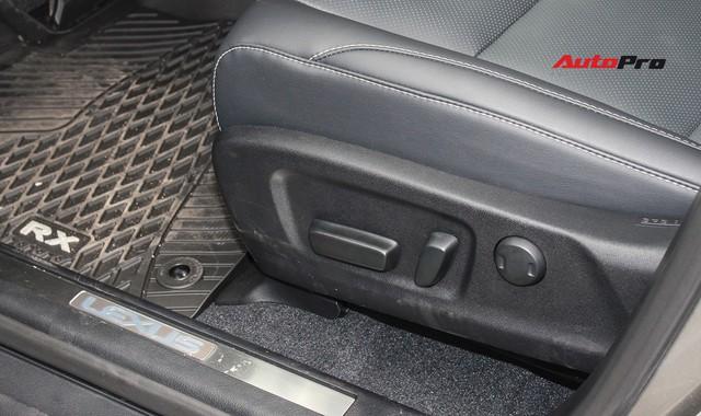 Đánh giá nhanh Lexus RX 350L: Bỏ thêm 1 tỷ đồng nhận được thêm gì so với bản tiêu chuẩn? - Ảnh 29.