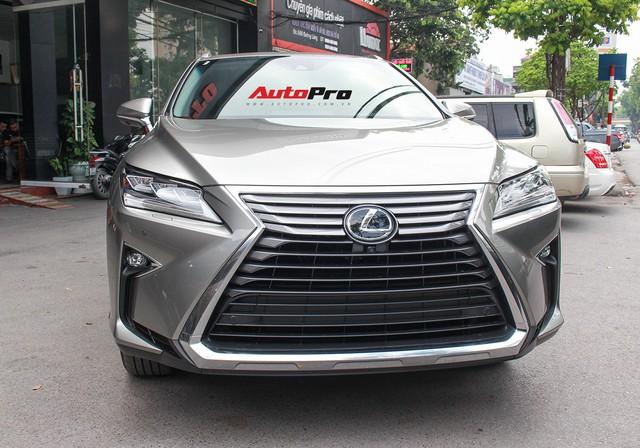 Đánh giá nhanh Lexus RX 350L: Bỏ thêm 1 tỷ đồng nhận được thêm gì so với bản tiêu chuẩn? - Ảnh 13.