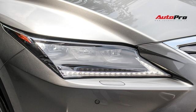 Đánh giá nhanh Lexus RX 350L: Bỏ thêm 1 tỷ đồng nhận được thêm gì so với bản tiêu chuẩn? - Ảnh 14.