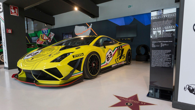 Đại lộ danh vọng dành cho siêu xe Lamborghini từng xuất hiện trên màn ảnh Hollywood - Ảnh 2.