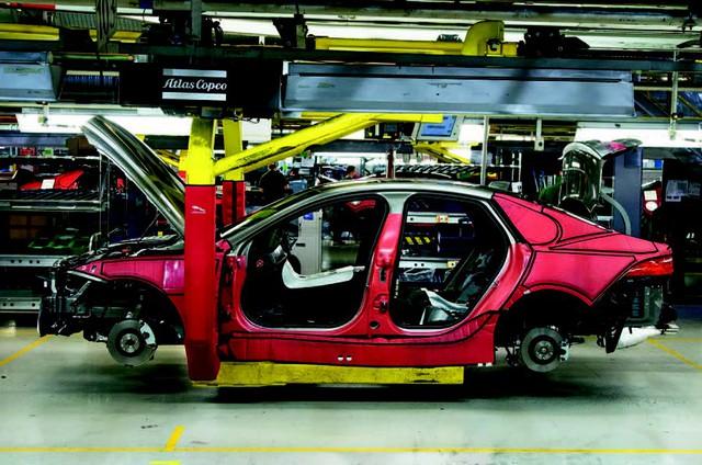 Những trở ngại Jaguar Land Rover phải đối mặt trong tương lai - Ảnh 1.