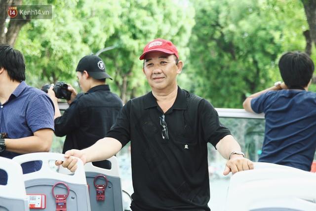 Trải nghiệm xe buýt 2 tầng mui trần ngắm Thủ đô Hà Nội từ trên cao: 300.000 đồng cho một vé liệu có đáng? - Ảnh 10.