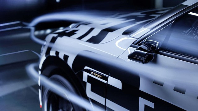 Audi E-Tron - SUV đầu tiên sử dụng gương bên ảo