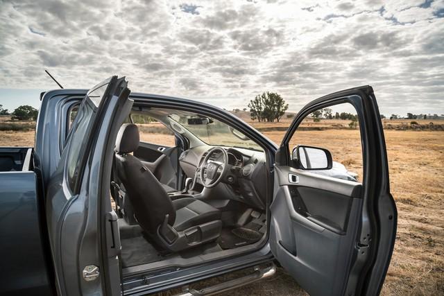 Mazda BT-50 nâng cấp lần 2, thêm Apple CarPlay và Android Auto tiêu chuẩn - Ảnh 7.