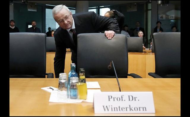 Cựu CEO bị buộc tội tại Mỹ, gian lận khí thải của Volkswagen là có hệ thống? - Ảnh 1.