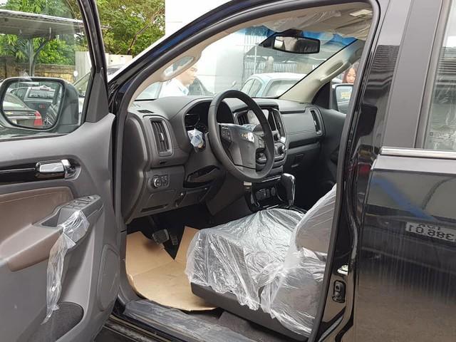 Đối thủ khan hàng, Chevrolet Trailblazer ồ ạt về đại lý toàn quốc, giảm giá 80 triệu đồng - Ảnh 6.