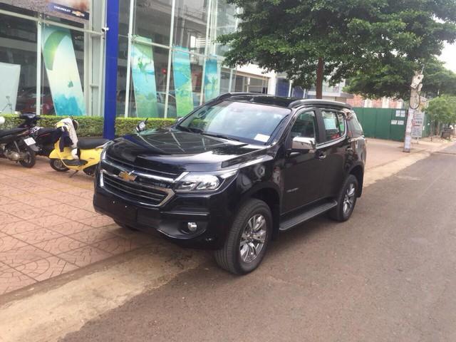 Đối thủ khan hàng, Chevrolet Trailblazer ồ ạt về đại lý toàn quốc, giảm giá 80 triệu đồng - Ảnh 4.