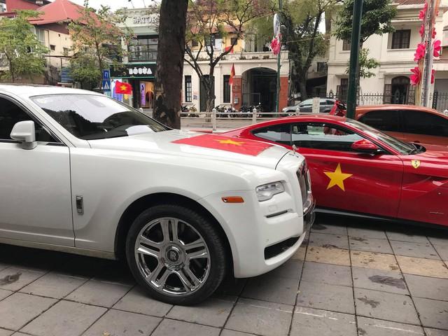 Không chỉ buôn đồng hồ chục tỷ, đại gia Hà Nội này còn sở hữu bộ sưu tập siêu xe khủng - Ảnh 14.