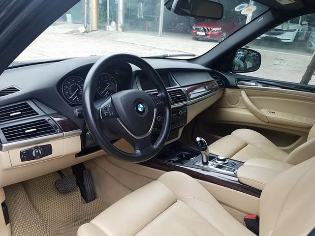 """SUV 7 chỗ hạng sang BMW X5 10 năm tuổi bán lại giá """"bèo"""" tại Hà Nội - Ảnh 7."""