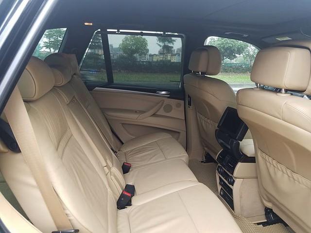 """SUV 7 chỗ hạng sang BMW X5 10 năm tuổi bán lại giá """"bèo"""" tại Hà Nội - Ảnh 8."""