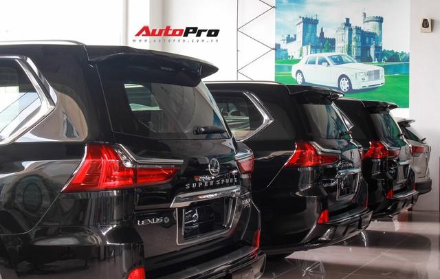 Giá gần 10 tỷ đồng, Lexus LX570 Super Sport vẫn ùn ùn về Việt Nam cho các tay chơi nhà giàu - Ảnh 4.