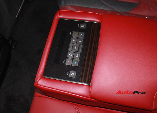 Giá gần 10 tỷ đồng, Lexus LX570 Super Sport vẫn ùn ùn về Việt Nam cho các tay chơi nhà giàu - Ảnh 22.