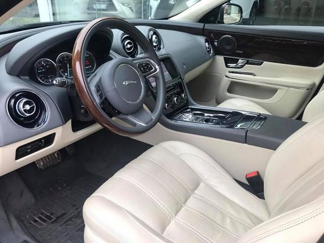 Hàng hiếm Jaguar XJ Ultimate 2013 lăn bánh 7.000km chào bán lại giá 3,89 tỷ đồng - Ảnh 9.