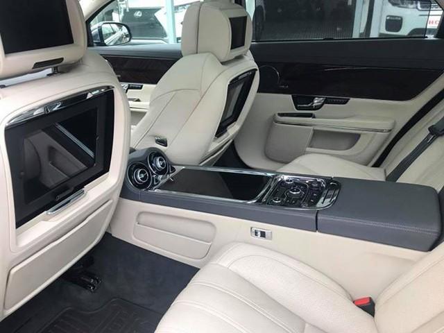 Hàng hiếm Jaguar XJ Ultimate 2013 lăn bánh 7.000km chào bán lại giá 3,89 tỷ đồng - Ảnh 5.