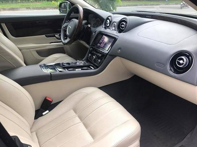 Hàng hiếm Jaguar XJ Ultimate 2013 lăn bánh 7.000km chào bán lại giá 3,89 tỷ đồng - Ảnh 4.