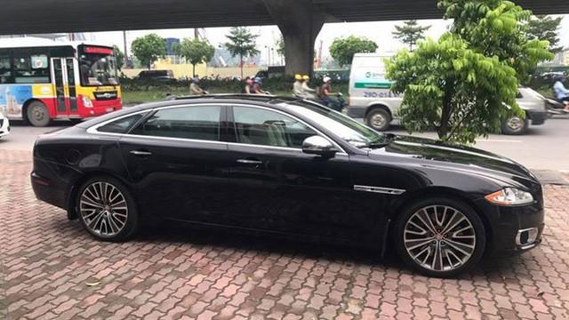 Hàng hiếm Jaguar XJ Ultimate 2013 lăn bánh 7.000km chào bán lại giá 3,89 tỷ đồng - Ảnh 3.