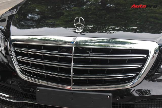 Vừa ra mắt, Mercedes-Benz S450 L 2018 đã lăn bánh trên đường, cặp cùng Lamborghini độc nhất Việt Nam - Ảnh 14.