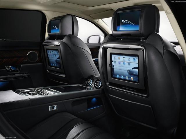 Hàng hiếm Jaguar XJ Ultimate 2013 lăn bánh 7.000km chào bán lại giá 3,89 tỷ đồng - Ảnh 8.