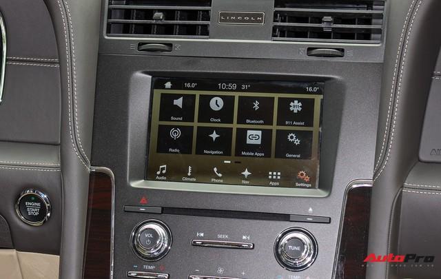 Cùng phân khúc Lexus LX570, Lincoln Navigator L 2016 được chào bán giá chỉ 5,8 tỷ đồng - Ảnh 7.