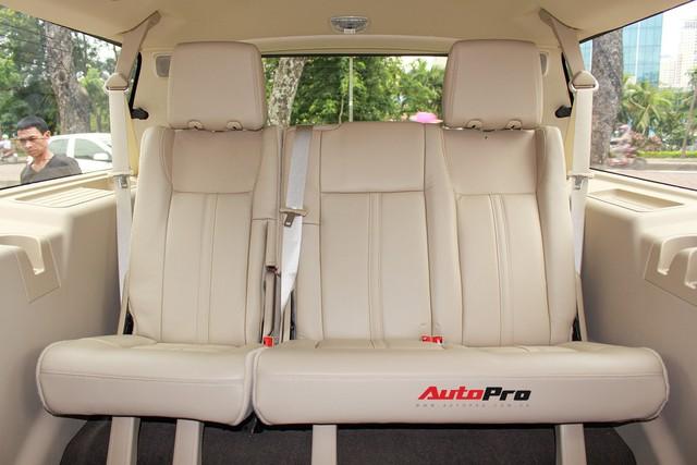 Cùng phân khúc Lexus LX570, Lincoln Navigator L 2016 được chào bán giá chỉ 5,8 tỷ đồng - Ảnh 8.