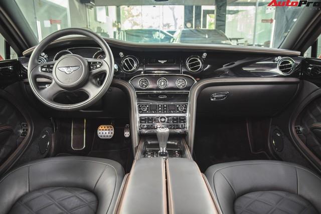 Chạm mặt Bentley Mulsanne bản hiếm, màu độc của đại gia Hà thành - Ảnh 10.
