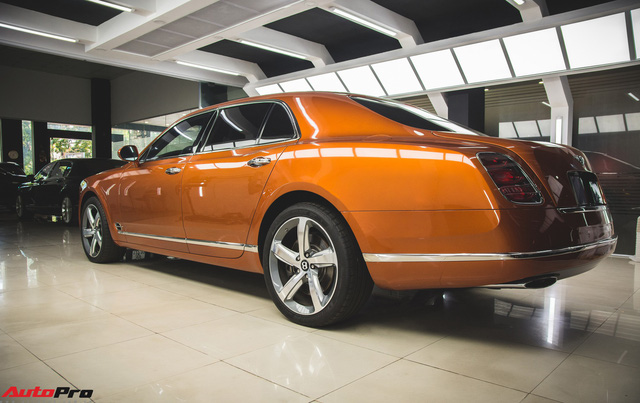Chiêm ngưỡng Bentley Mulsanne Speed màu cam độc nhất vô nhị tại Việt Nam - Ảnh 7.
