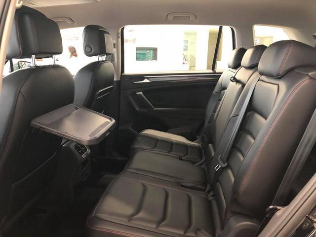 SUV 7 chỗ Volkswagen giá 1,7 tỷ đồng đã có mặt tại đại lý, sẵn sàng đấu Mercedes-Benz GLC - Ảnh 15.
