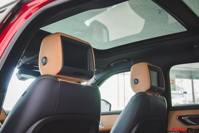 Soi kĩ Range Rover Velar màu đỏ đầu tiên của Việt Nam - Ảnh 20.