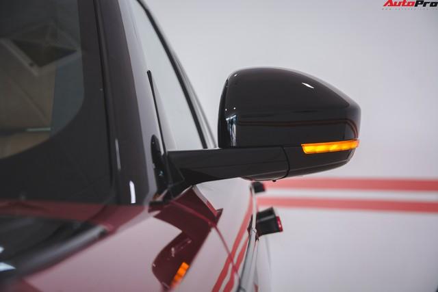 Soi kĩ Range Rover Velar màu đỏ đầu tiên của Việt Nam - Ảnh 7.