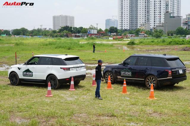 Offroad kiểu quý tộc: Mang Range Rover đi lội bùn, vượt dốc, thoát ổ voi nhưng không cần làm gì hết - Ảnh 6.