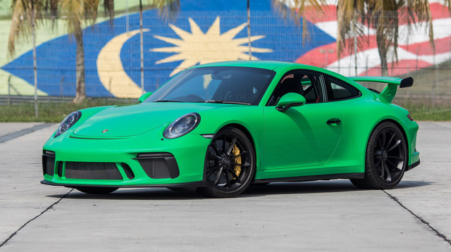 Fan tốc độ cứ yên tâm, Porsche sẽ giữ bản sắc này thêm ít nhất 10 năm nữa - Ảnh 1.