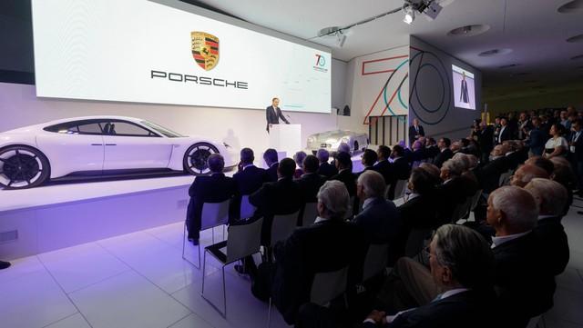Porsche mua lại 10% cổ phần hãng siêu xe Rimac, chuẩn bị cho Taycan - Ảnh 1.