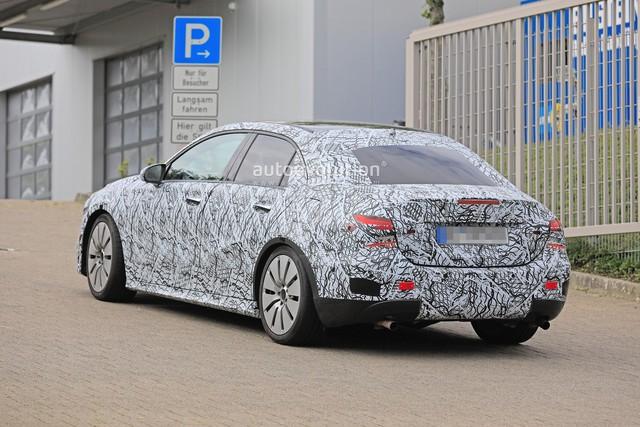 Xe ít đối thủ Mercedes-AMG A35 sedan bắt đầu chạy thử - Ảnh 5.