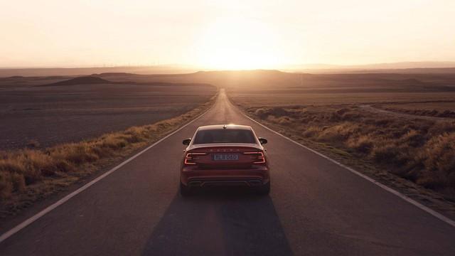 Ra mắt Volvo S60 2019 - Đối trọng của Mercedes-Benz C-Class - Ảnh 3.