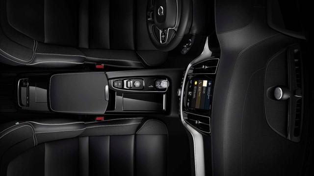 Ra mắt Volvo S60 2019 - Đối trọng của Mercedes-Benz C-Class - Ảnh 32.