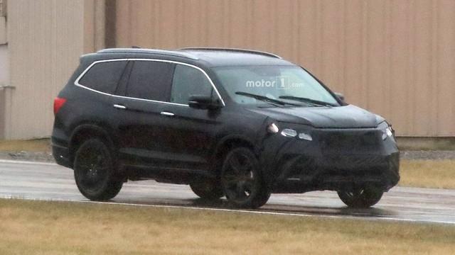 Lộ diện ảnh thử nghiệm của anh cả Honda CR-V là Pilot 2019 - Ảnh 2.