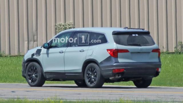Lộ diện ảnh thử nghiệm của anh cả Honda CR-V là Pilot 2019 - Ảnh 5.