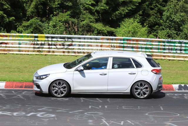 Hyundai mang i30 tới thử sức đường đua Nurburgring - Ảnh 3.