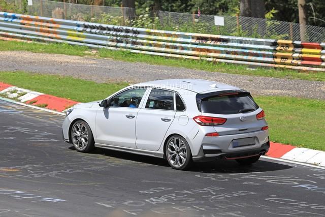 Hyundai mang i30 tới thử sức đường đua Nurburgring - Ảnh 4.